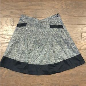 The limited medium skirt with pockets